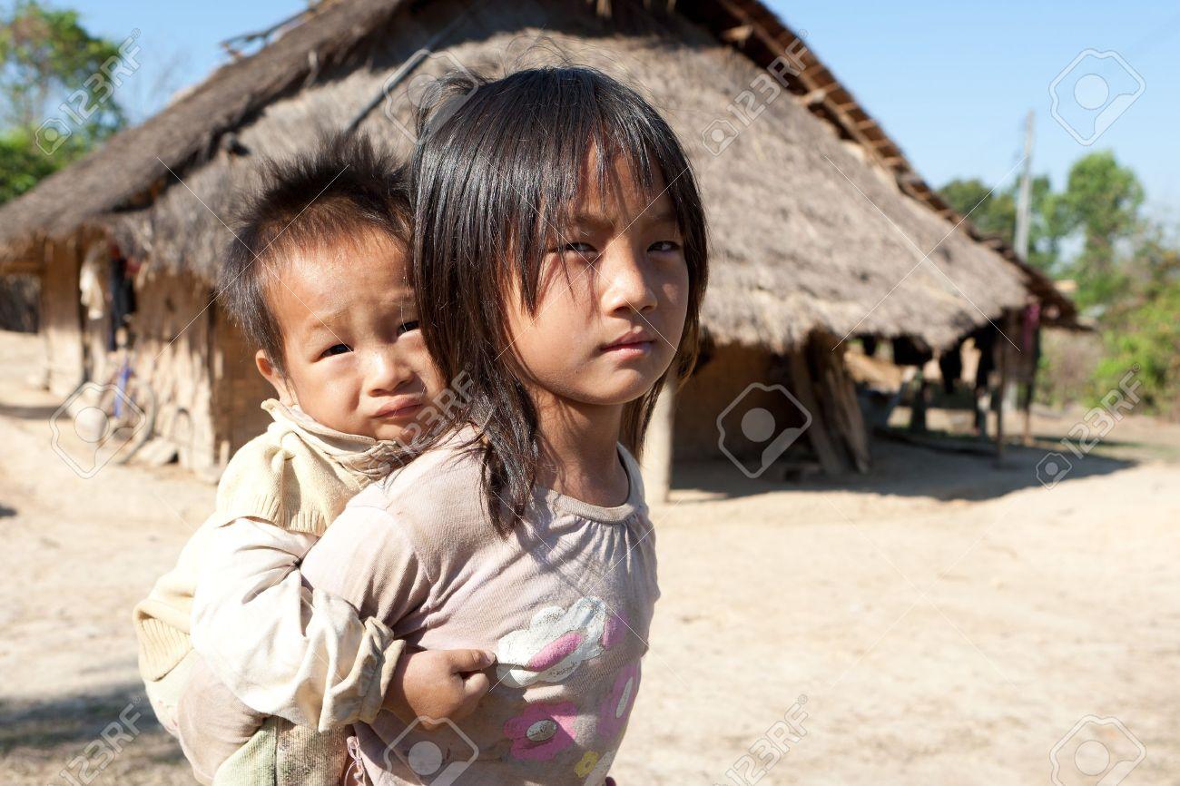 Children in poverty - 9301447