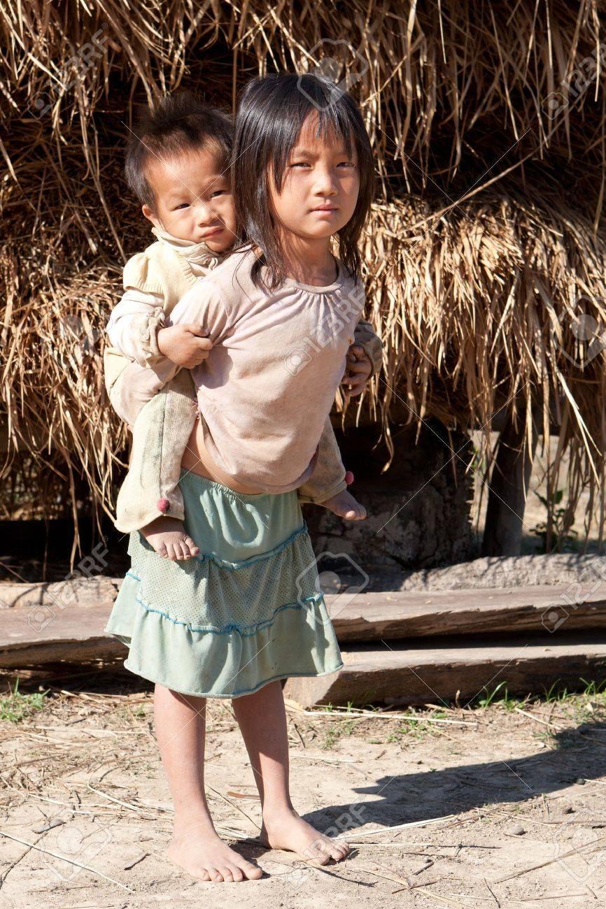 Children in poverty - 9521534