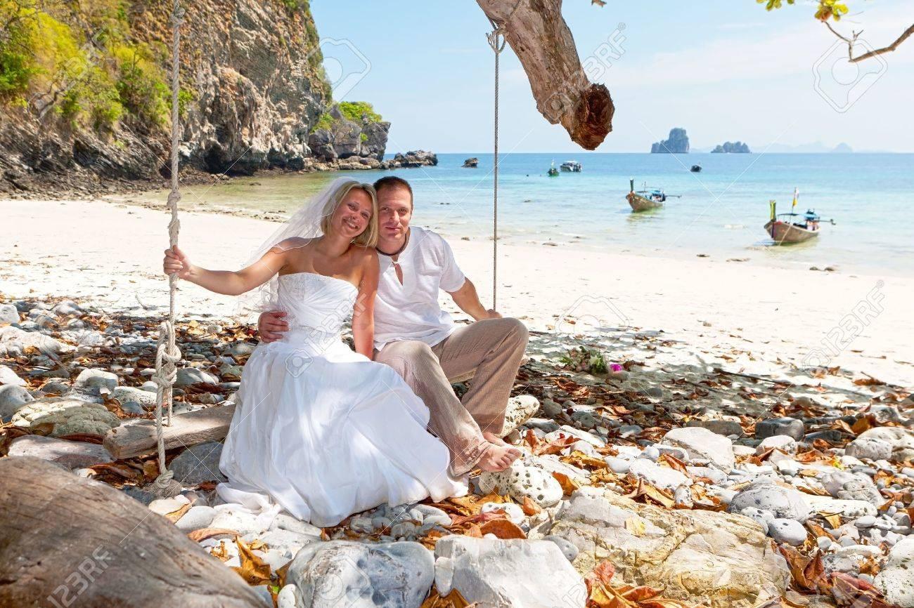 Honeymoon - 10666205