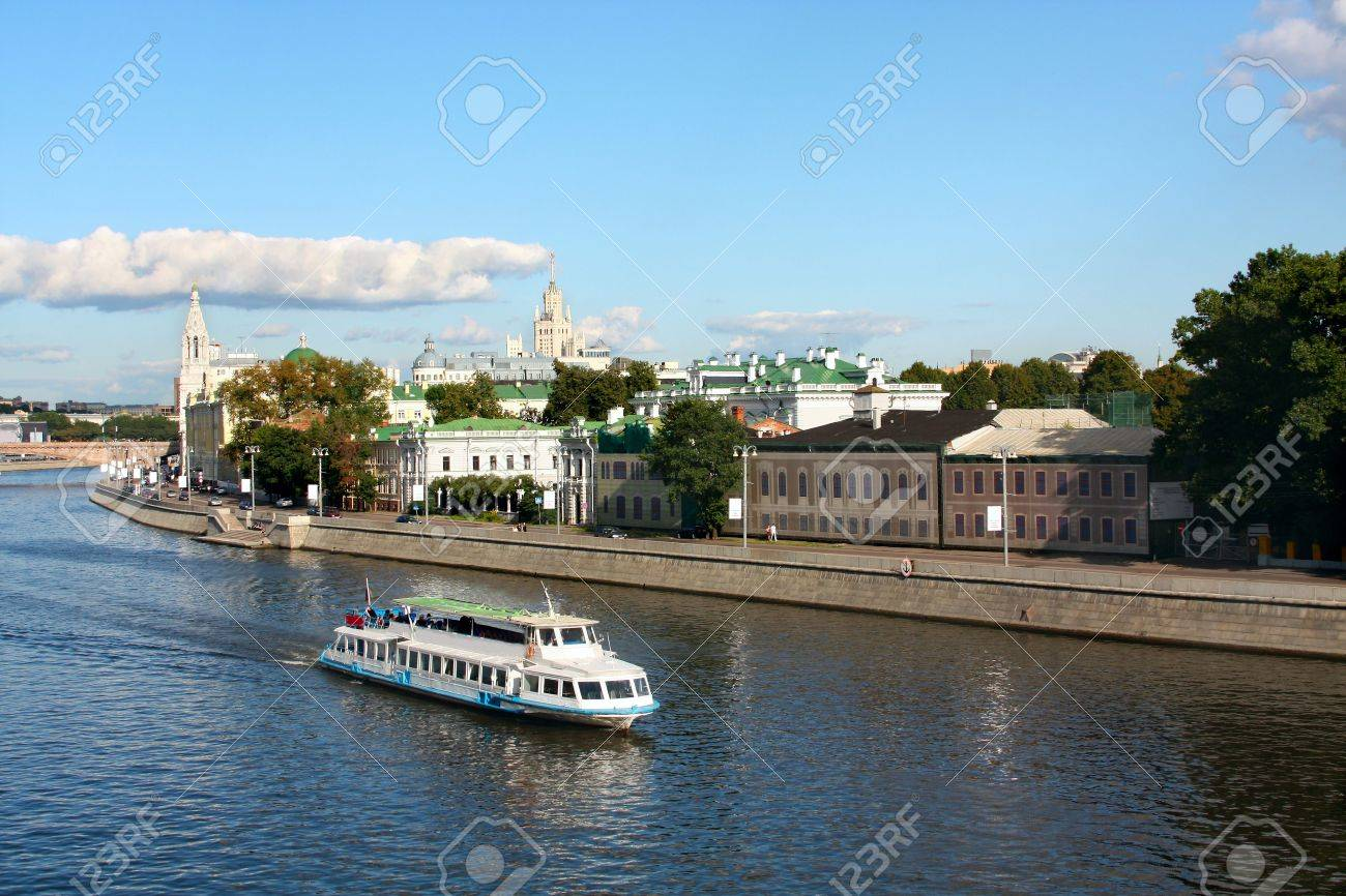 River boat bus in Moscow - 5596750