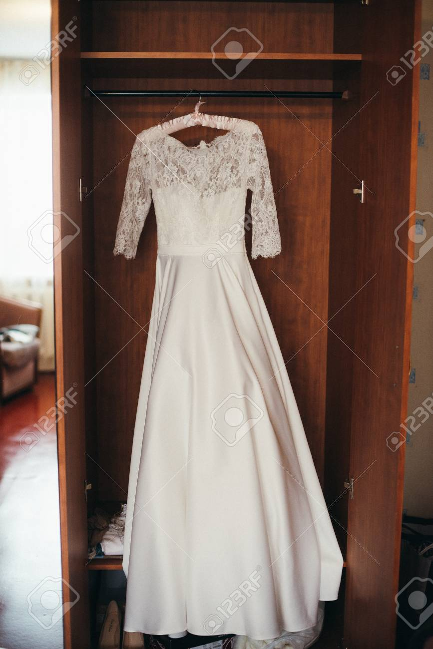 Beautiful White Cream Wedding Dresses Made Of Silk Chiffon Tulle