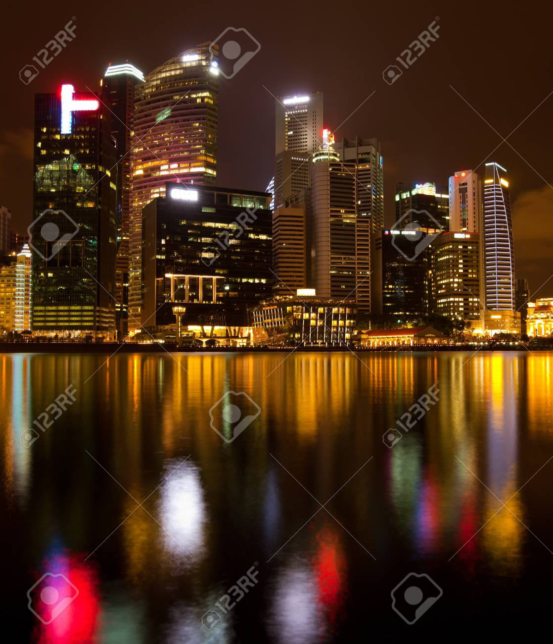 A view of Marina Bay, Singapore, in the night time Stock Photo - 13182734