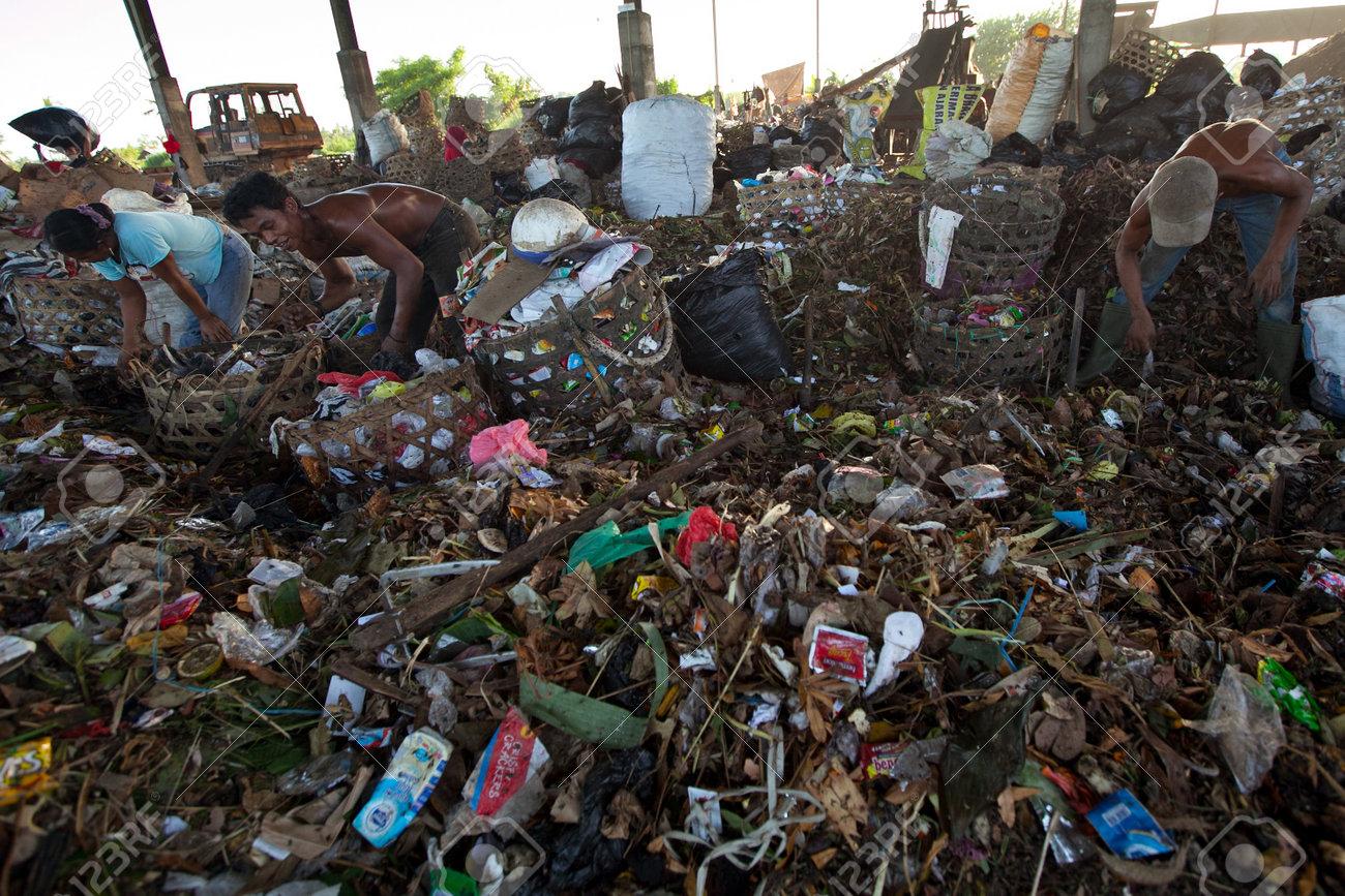 نتيجة بحث الصور عن poor indonesia