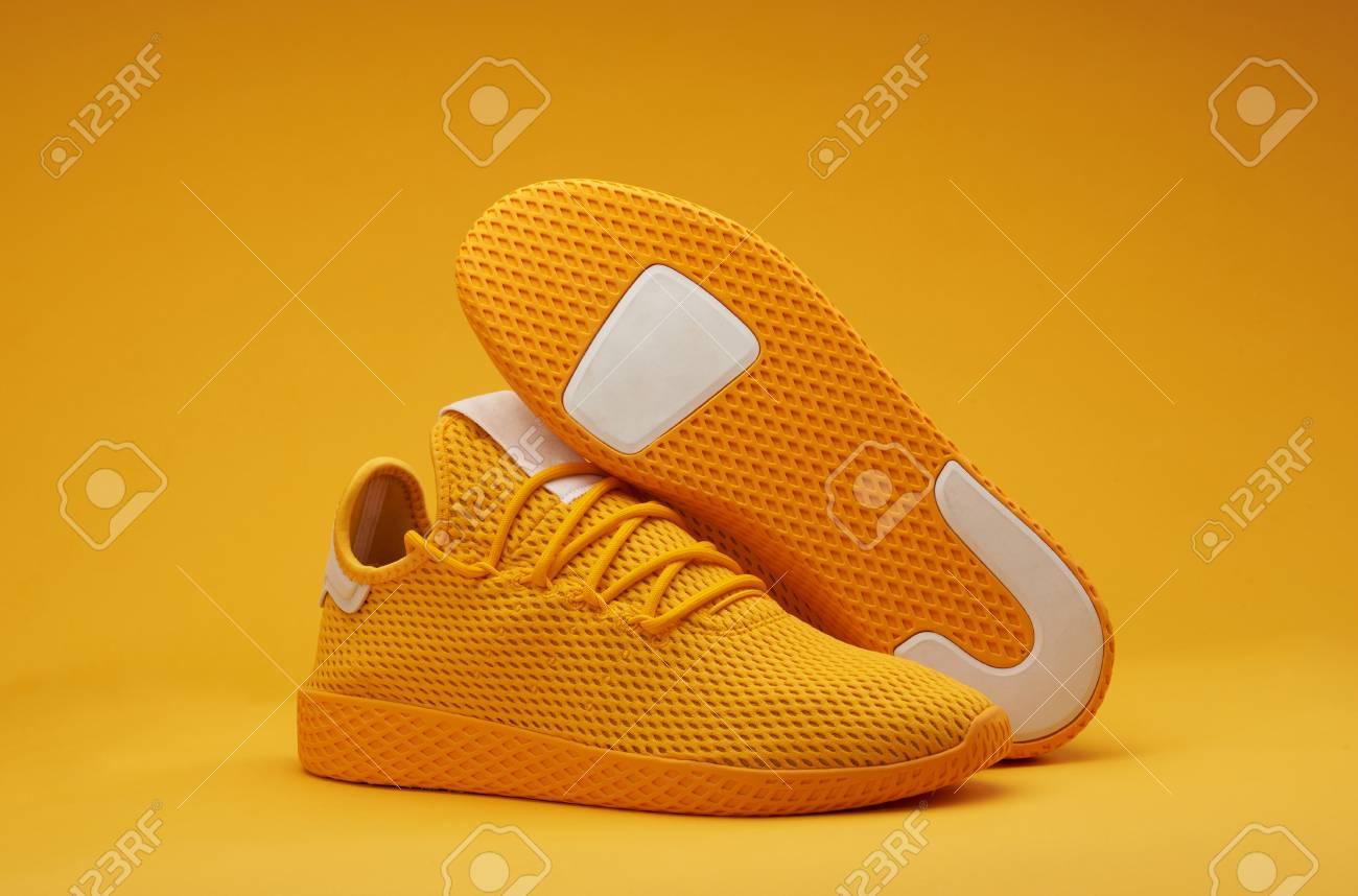 orange colour sports sko online shop