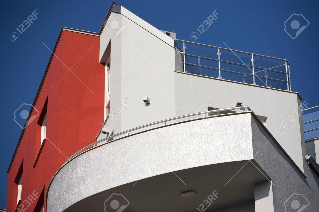 facade of modern building - 27912953