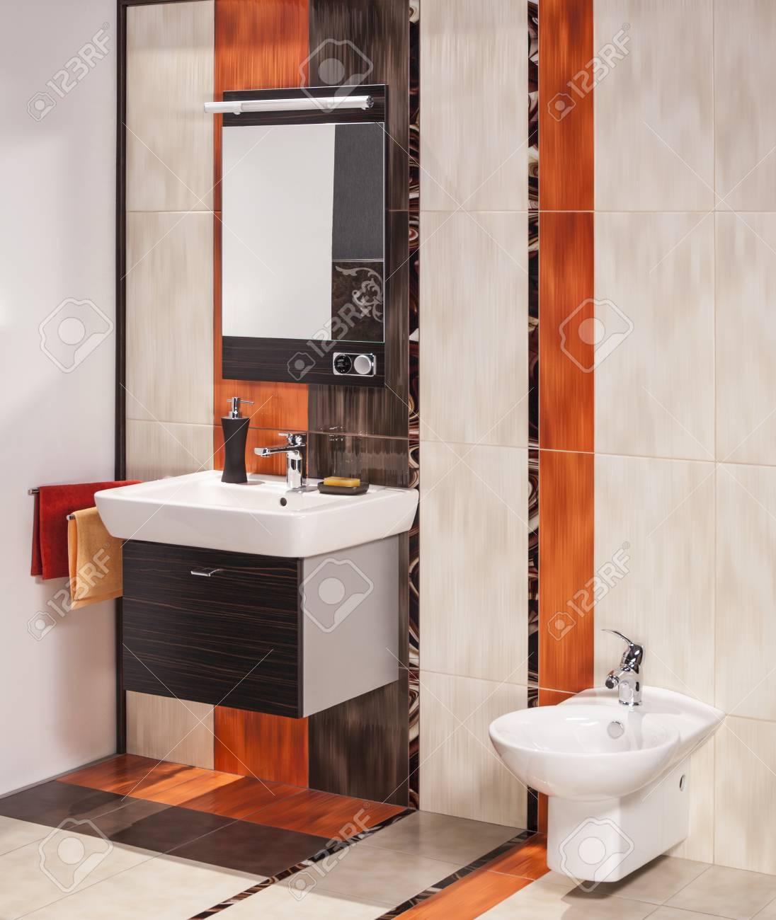 Accessoires Salle De Bain Bathroom ~ d tail d une salle de bains moderne avec vier et accessoires banque