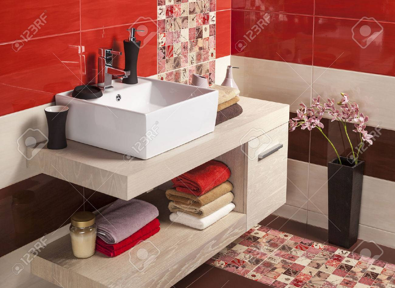 Interior of modern bathroom with sink and toilet - 42118573