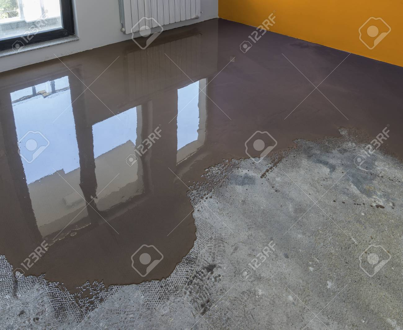 Floor Covering With Self Leveling Cement Mortar  Mirror