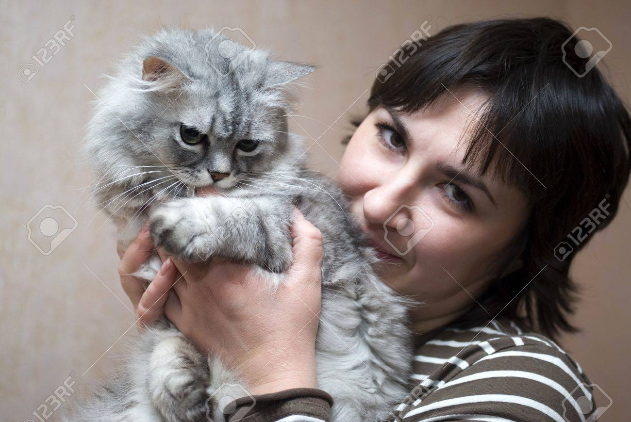 Woman with cat Stock Photo - 12203174