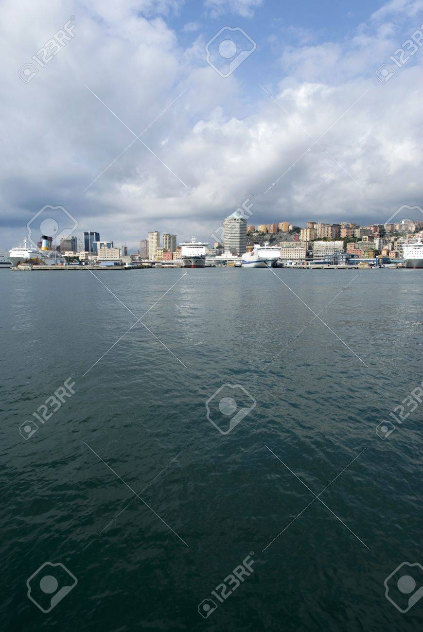 Port of Genoa, Italy Stock Photo - 15373542