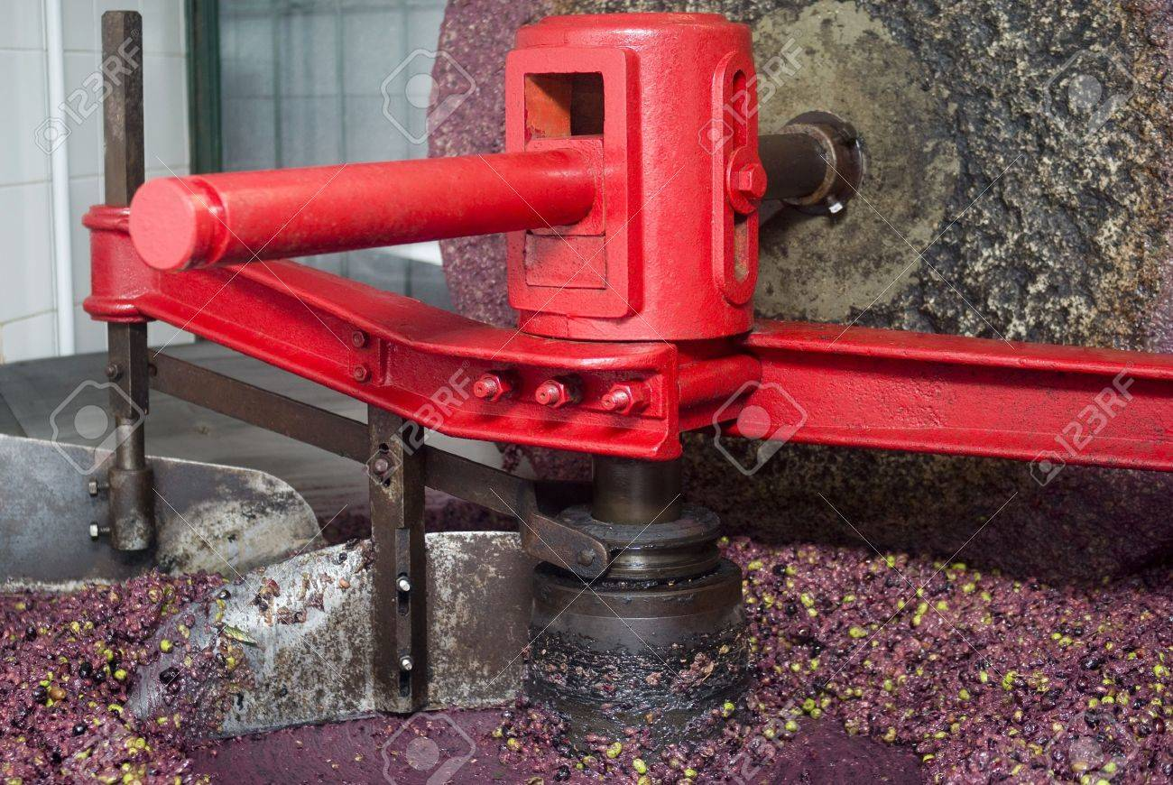 The millstone for grinding Stock Photo - 17254114