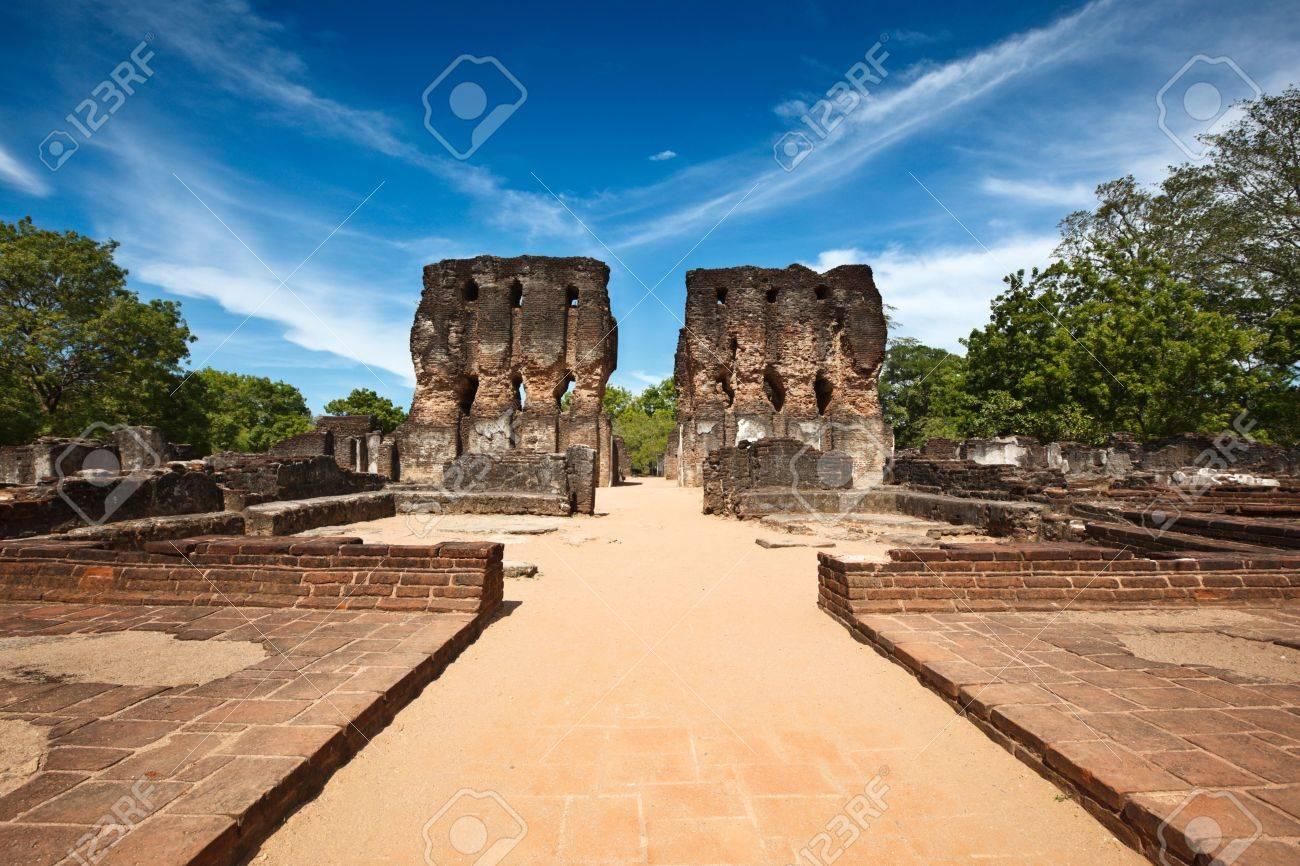Ancient Royal Palace ruins. Pollonaruwa, Sri Lanka Stock Photo - 5775198