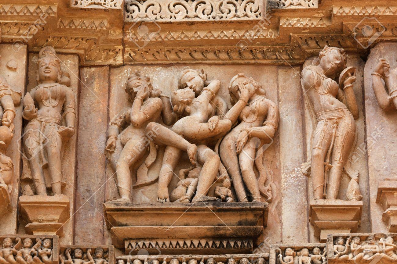 Эротический храм в индии 9 фотография