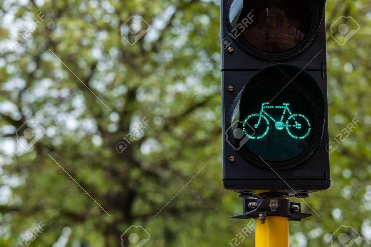 Fahrrad ökologischen Verkehrskonzept Hintergrund Fahrrad Ampel In