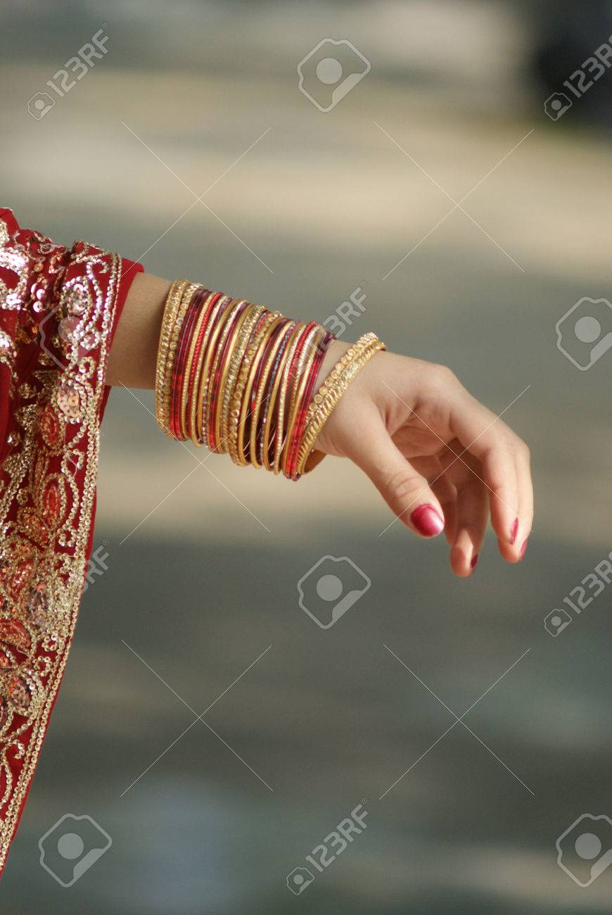 Young Indian Girl Showing Bangles On Her Hand Stock Photo, Picture ...