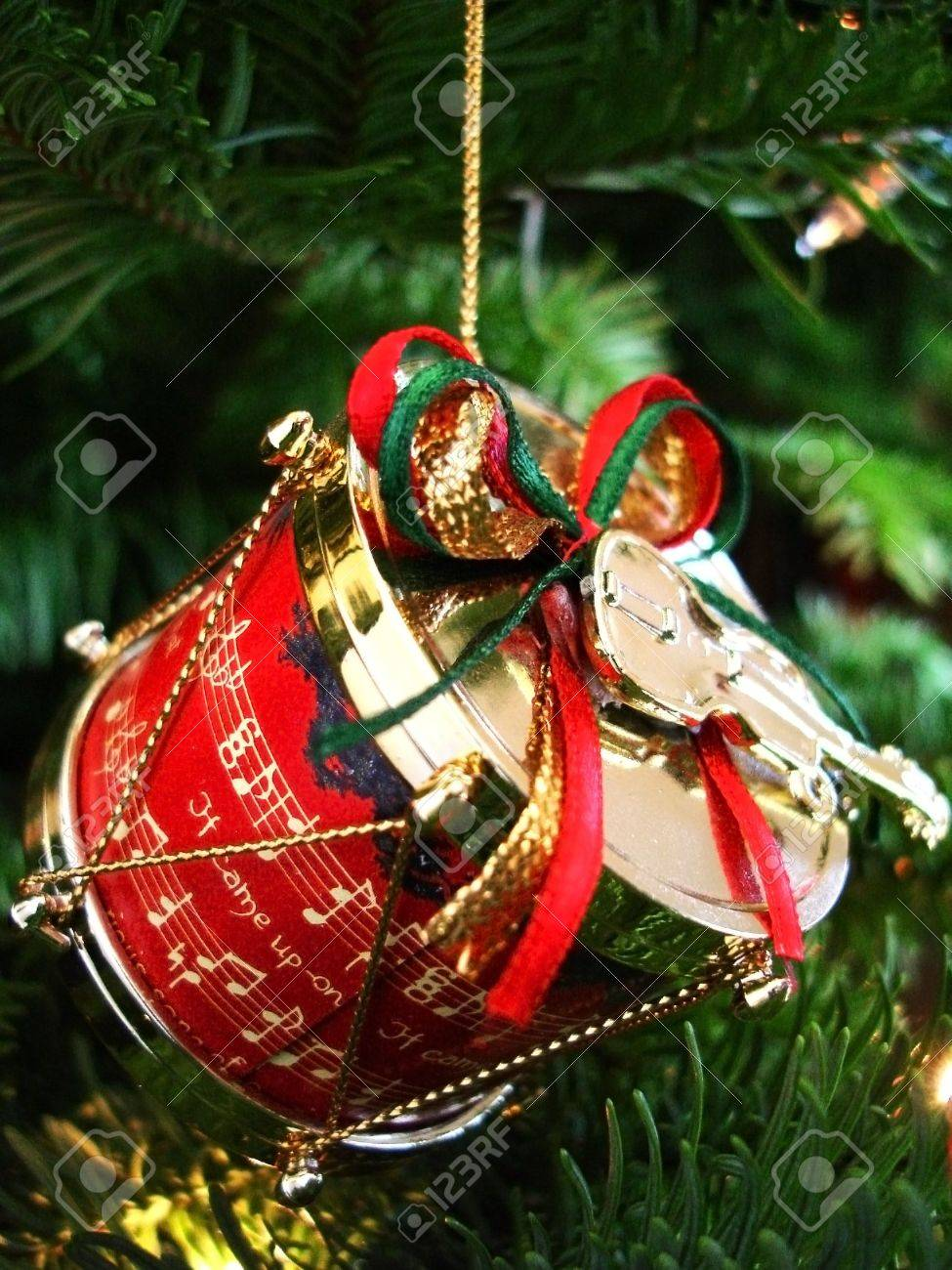 Christmas Drum.Christmas Drum And Violin Decoration