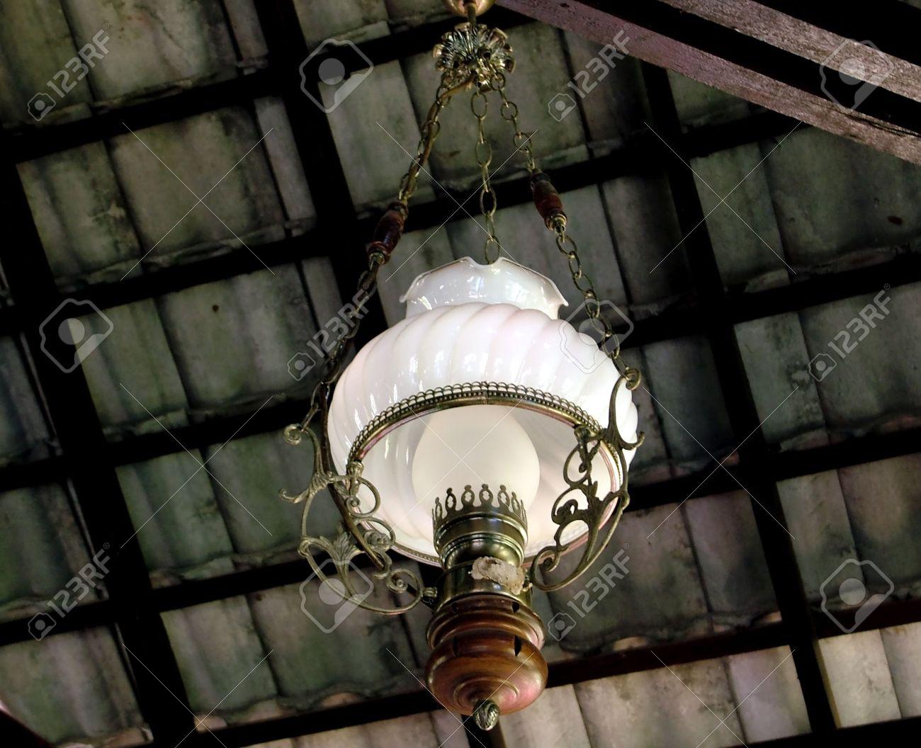 Lampen En Licht : Hell zwiebel decke kronleuchter dunkel design glas hängende