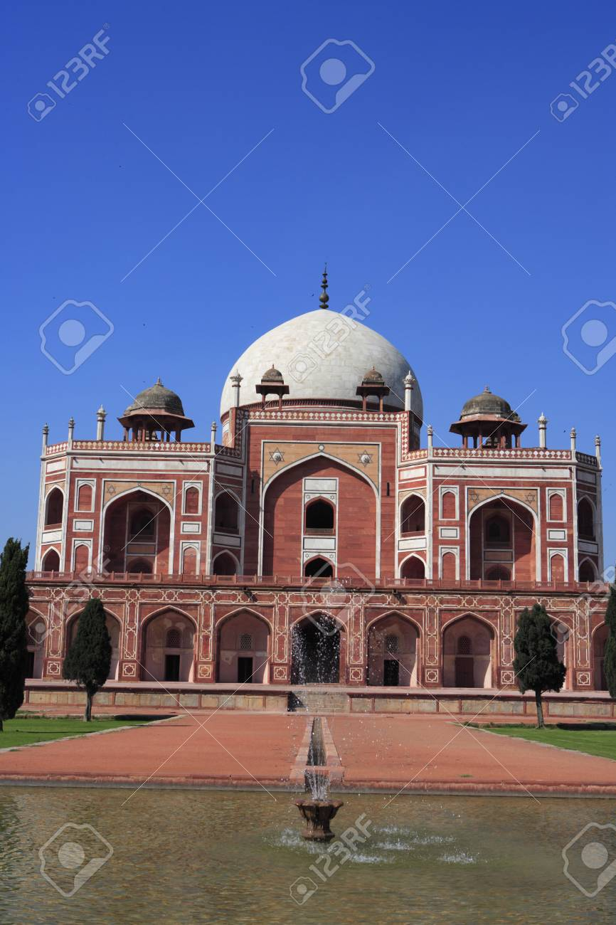 humayun s tomb built in 1570 mughal architecture delhi india stock