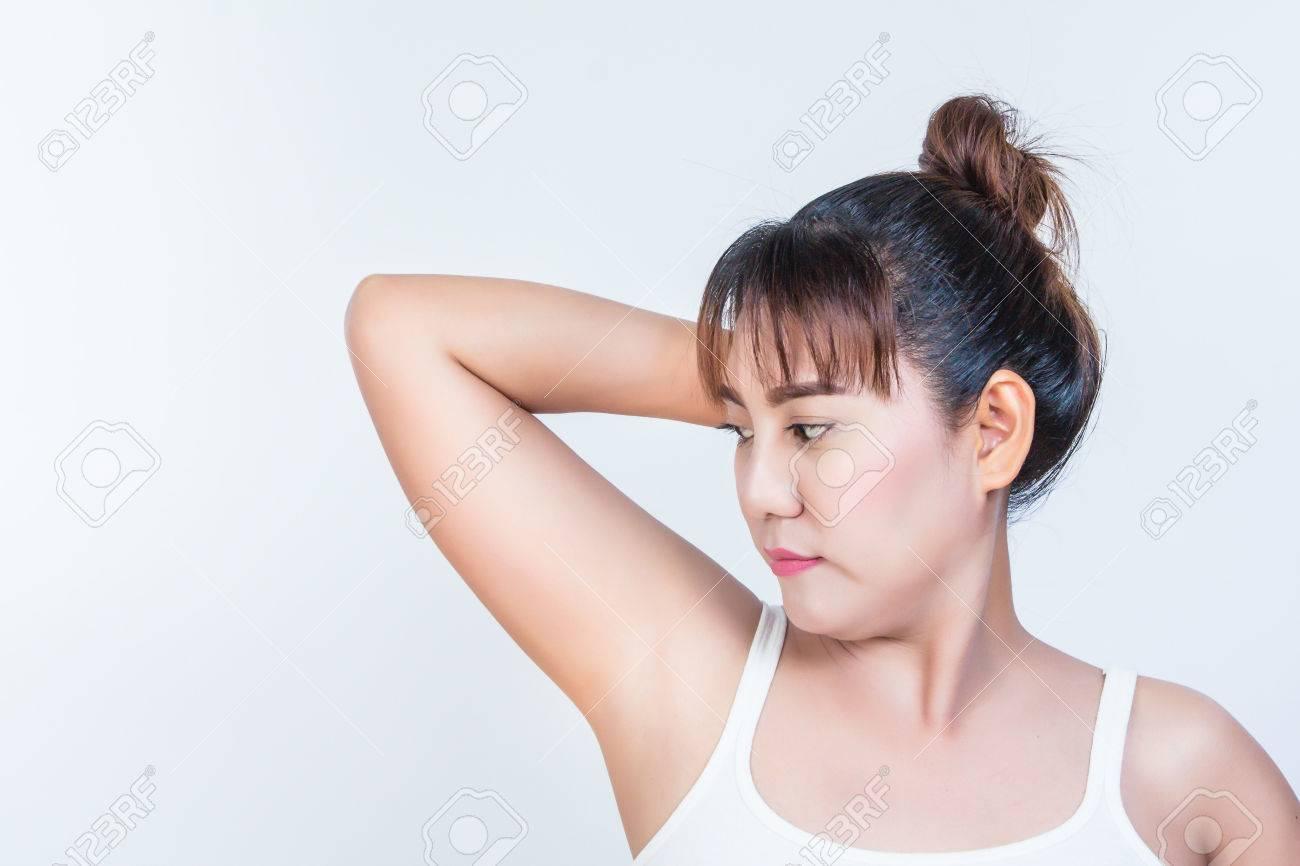 madchen mit haarigen arme frauen