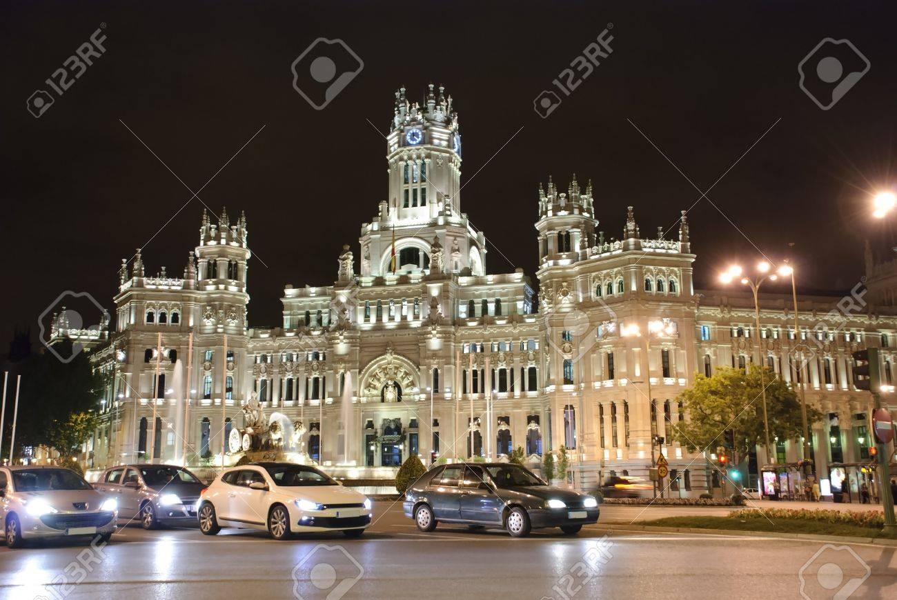 Palacio De Cibeles At Night Madrid Spain