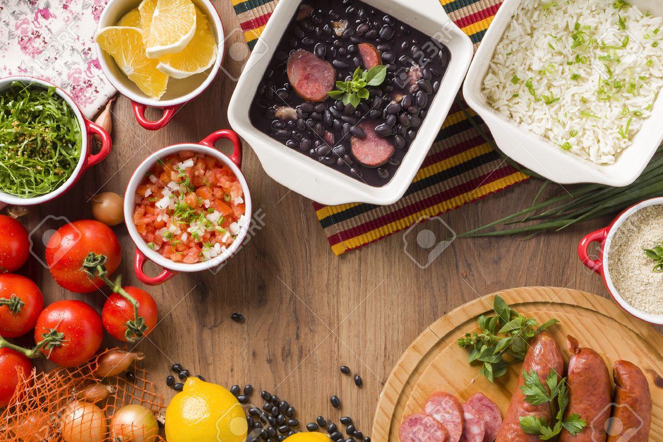 Brasilianische Küche | Feijoada Die Brasilianische Kuche Tradition Lizenzfreie Fotos