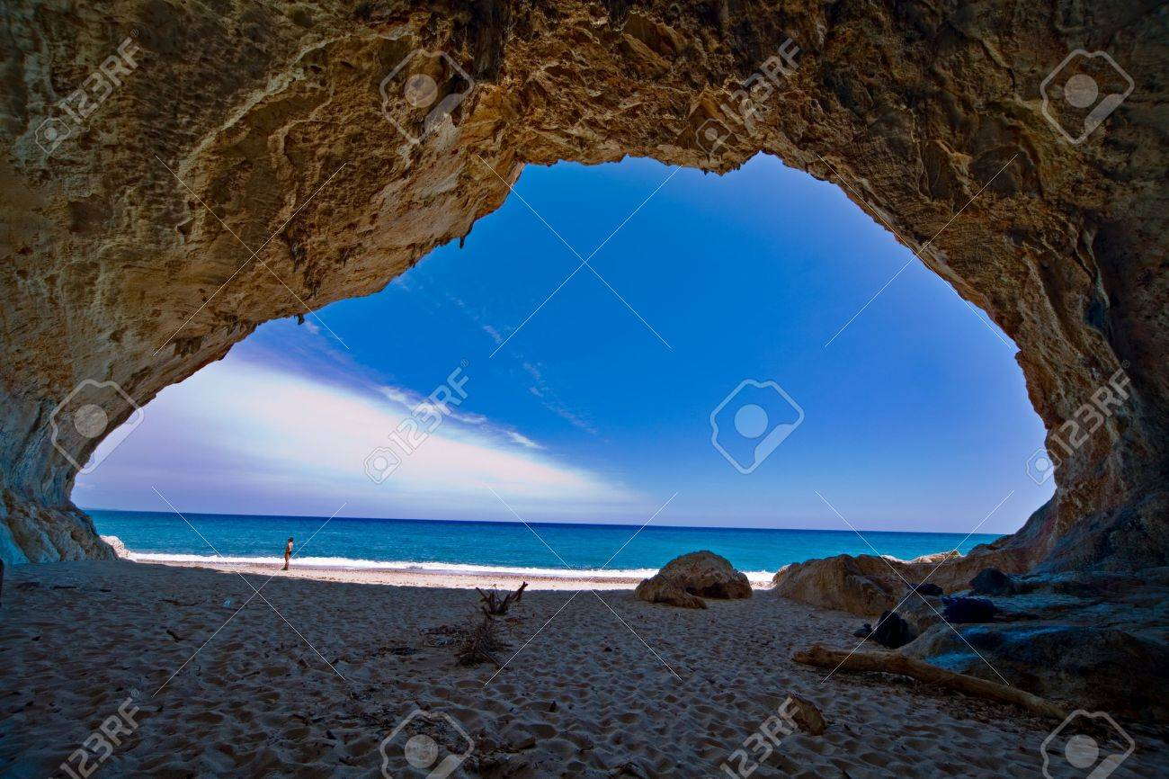 cave paradise blue sea and sky relaxation paradise on beach tourism tropical island Stock Photo - 9497522