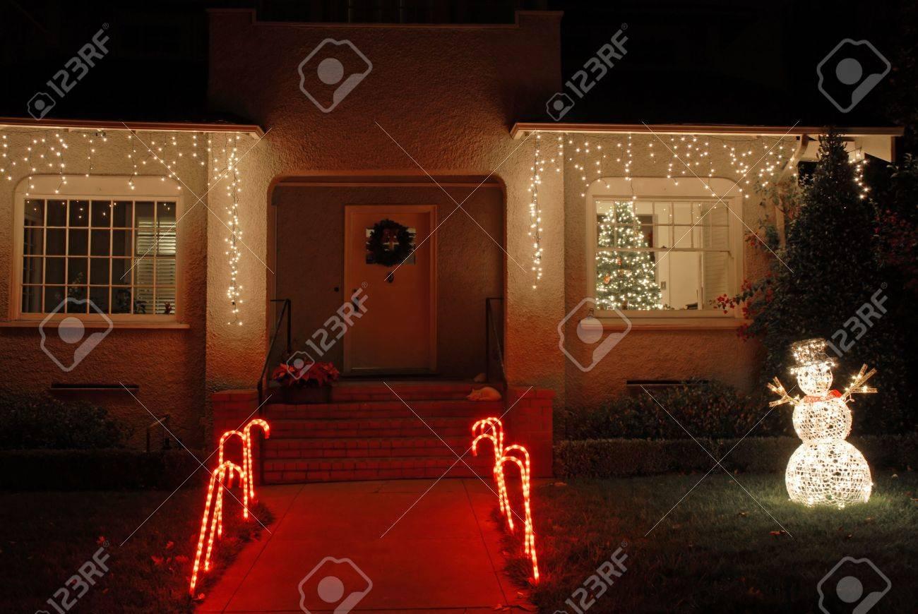 Haus Für Weihnachten Dekoriert, Palo Alto, Kalifornien Lizenzfreie ...