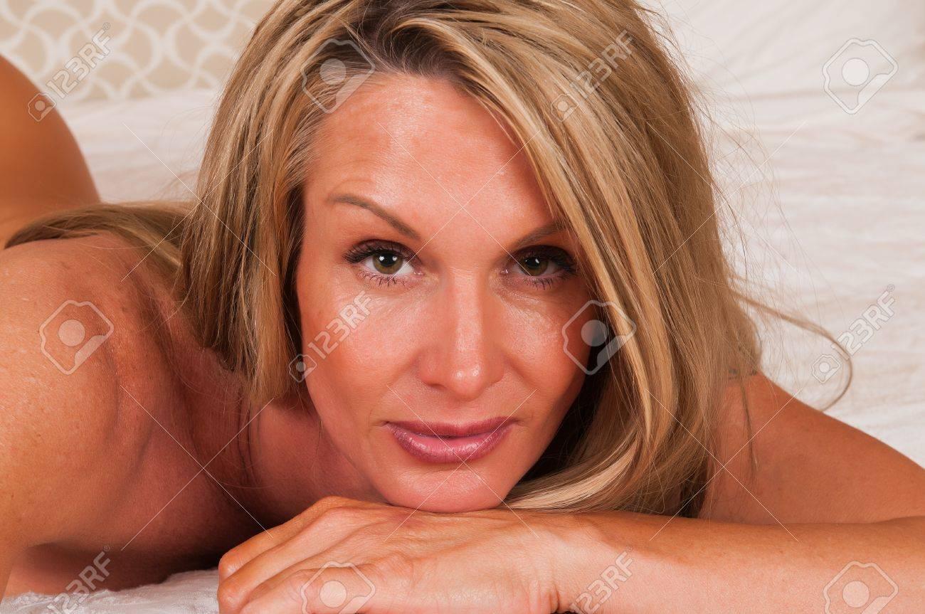Фото зрелой блондинке 10 фотография