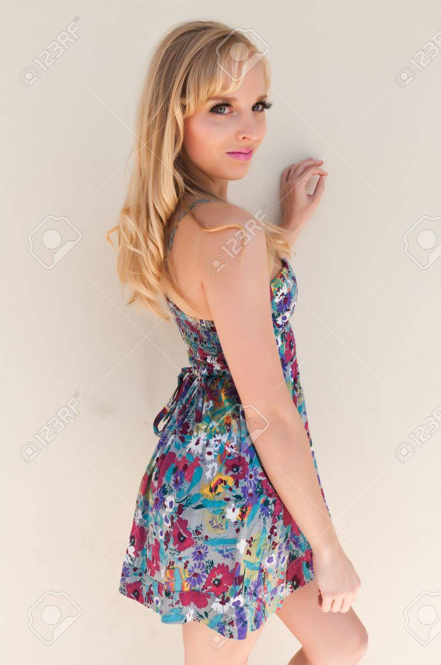 Blue eyed California blonde in a summer dress Stock Photo - 13116986