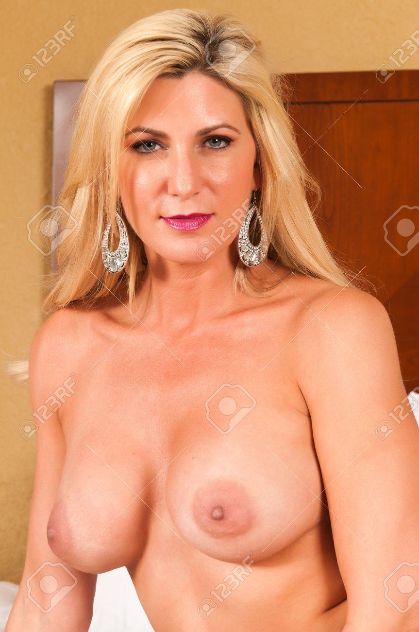 Mature Blonde Nude