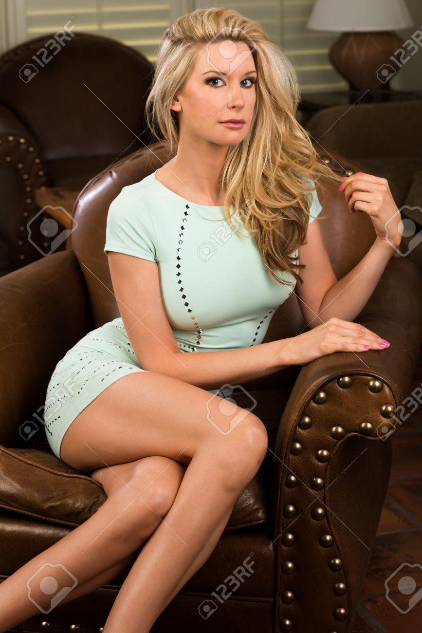 Sexy female trades