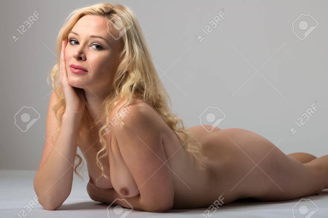 40 frau nackt ab Nackte Frauen