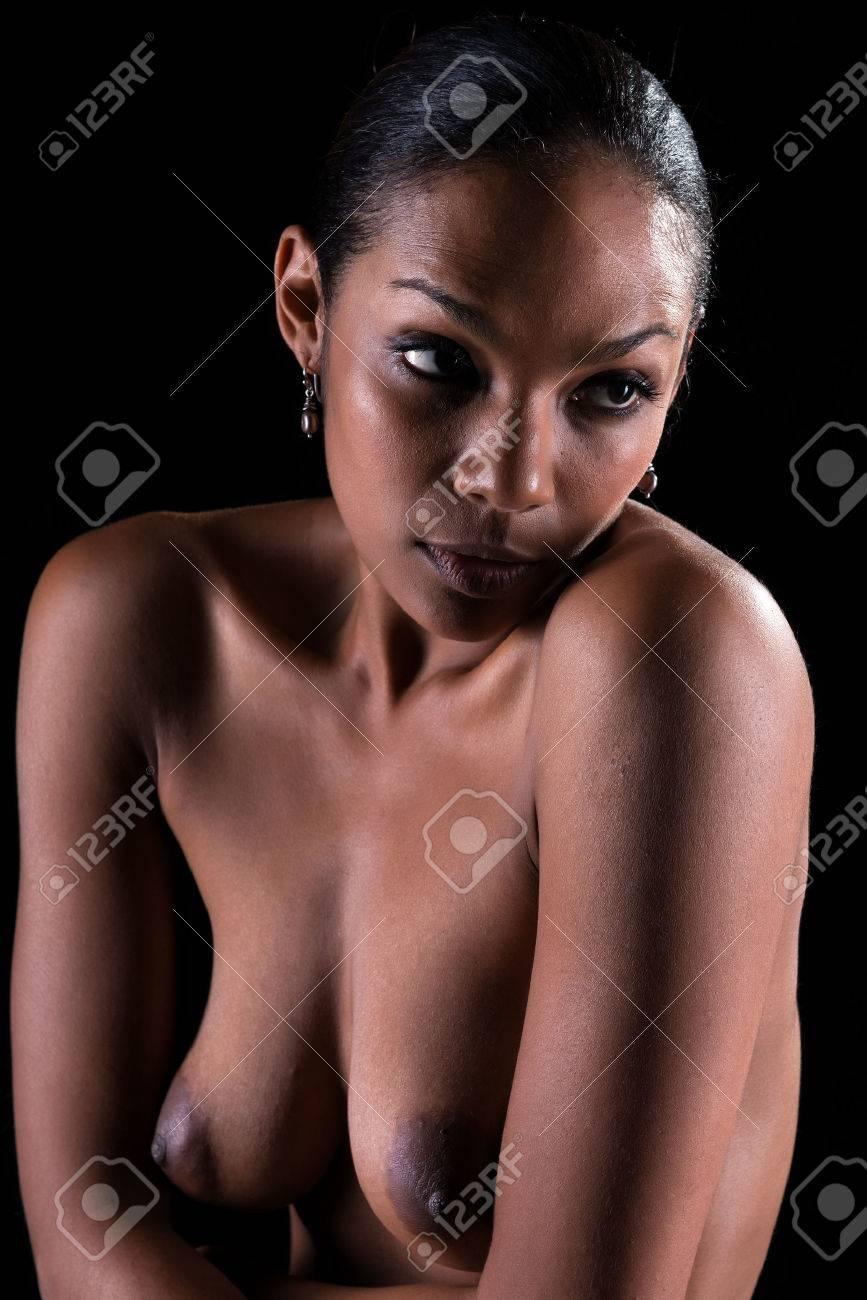Schwarz schöne Frauen nackt Schwarze Menschen Porno Download