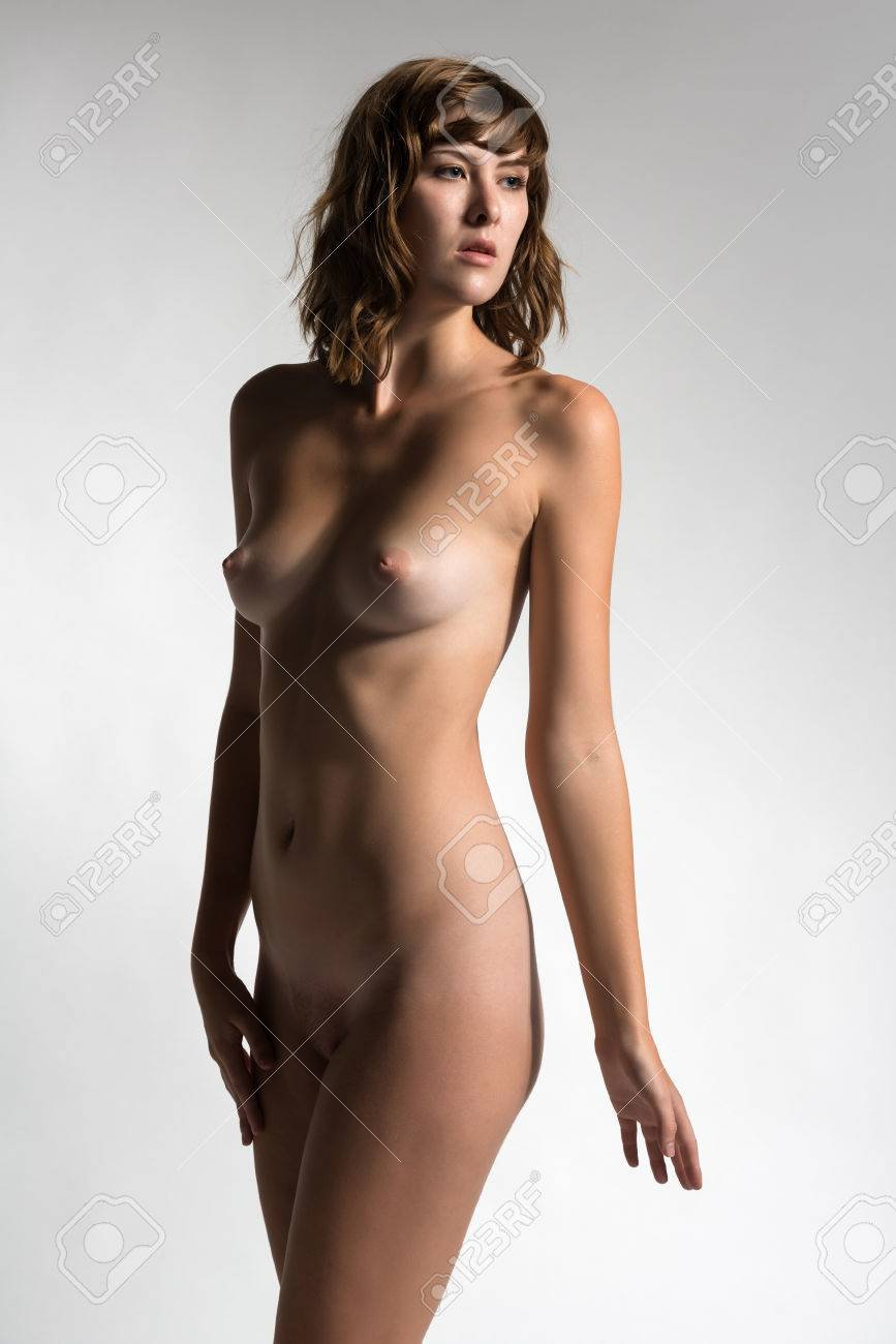 Tall nude brunettes