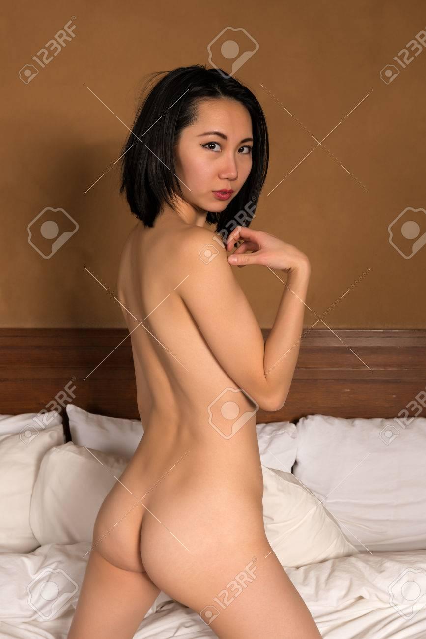 Completely naked photos of ashley scott