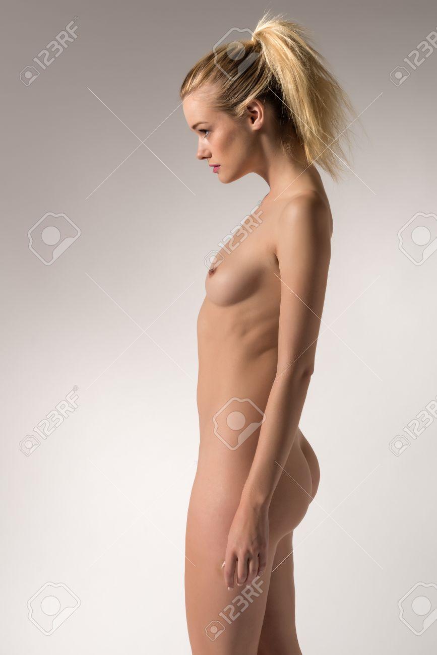 Nackt schlank frau Schlanke Alte