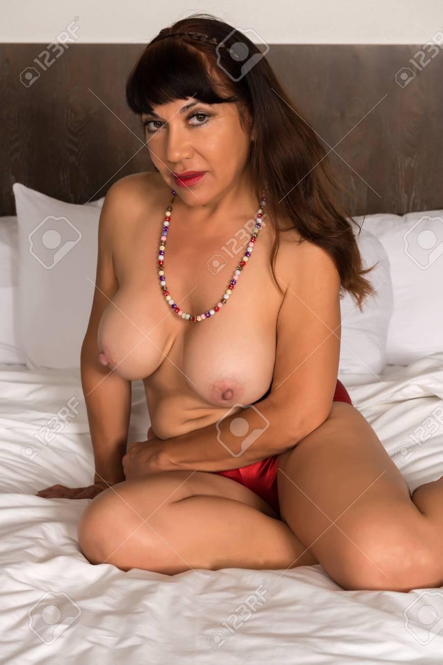 Tha body xxx sexy photos