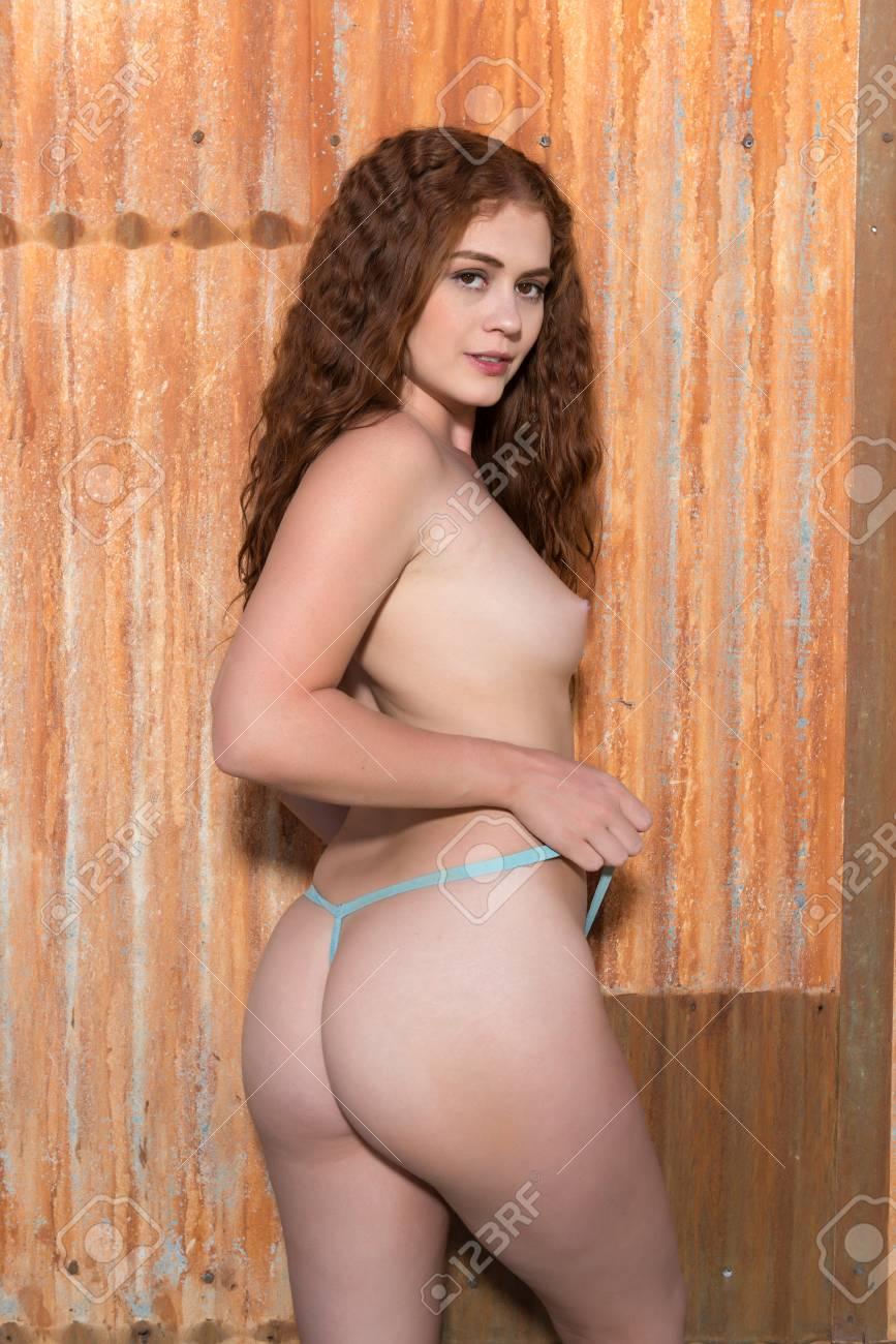 Amatuer hot girls fucking