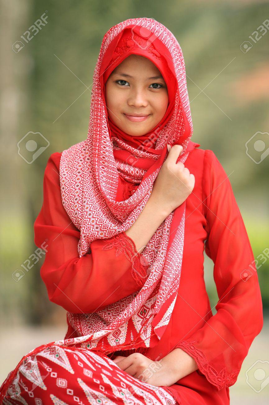 plu-muslim-girls-galleries