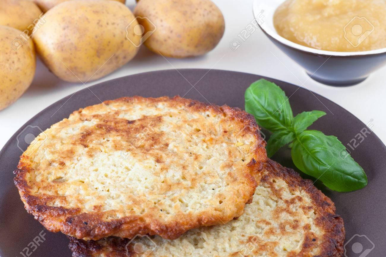 Potato Pancakes With Applesauce Potato Pancake With Apple
