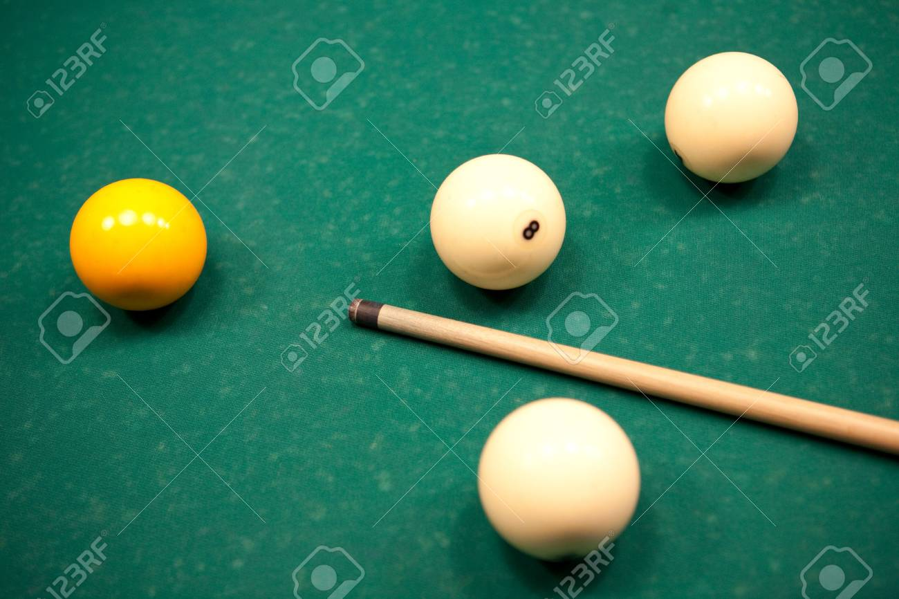Pool Table With Balls Set Up And Cue Stock Photo Picture And - How to set up a pool table
