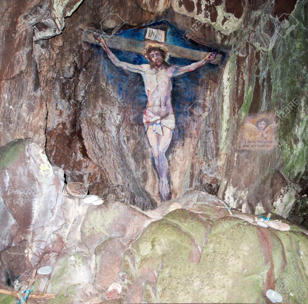 painting of the crucifixion of jesus christ on davaar island
