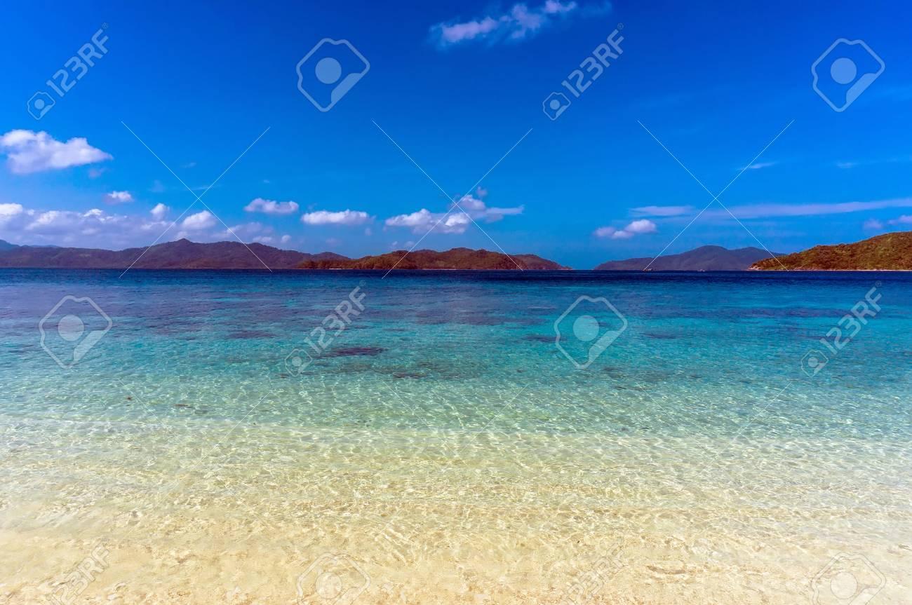 白砂ビーチ パラワン、フィリピ...