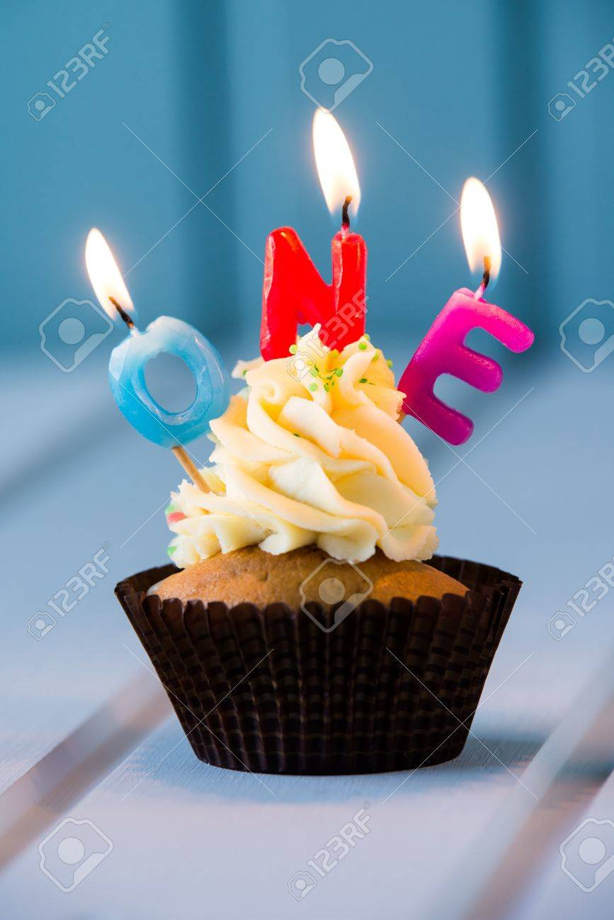 Marvelous Birthdays Cake Cupcake With A Candles For 1 First Birthday Personalised Birthday Cards Veneteletsinfo