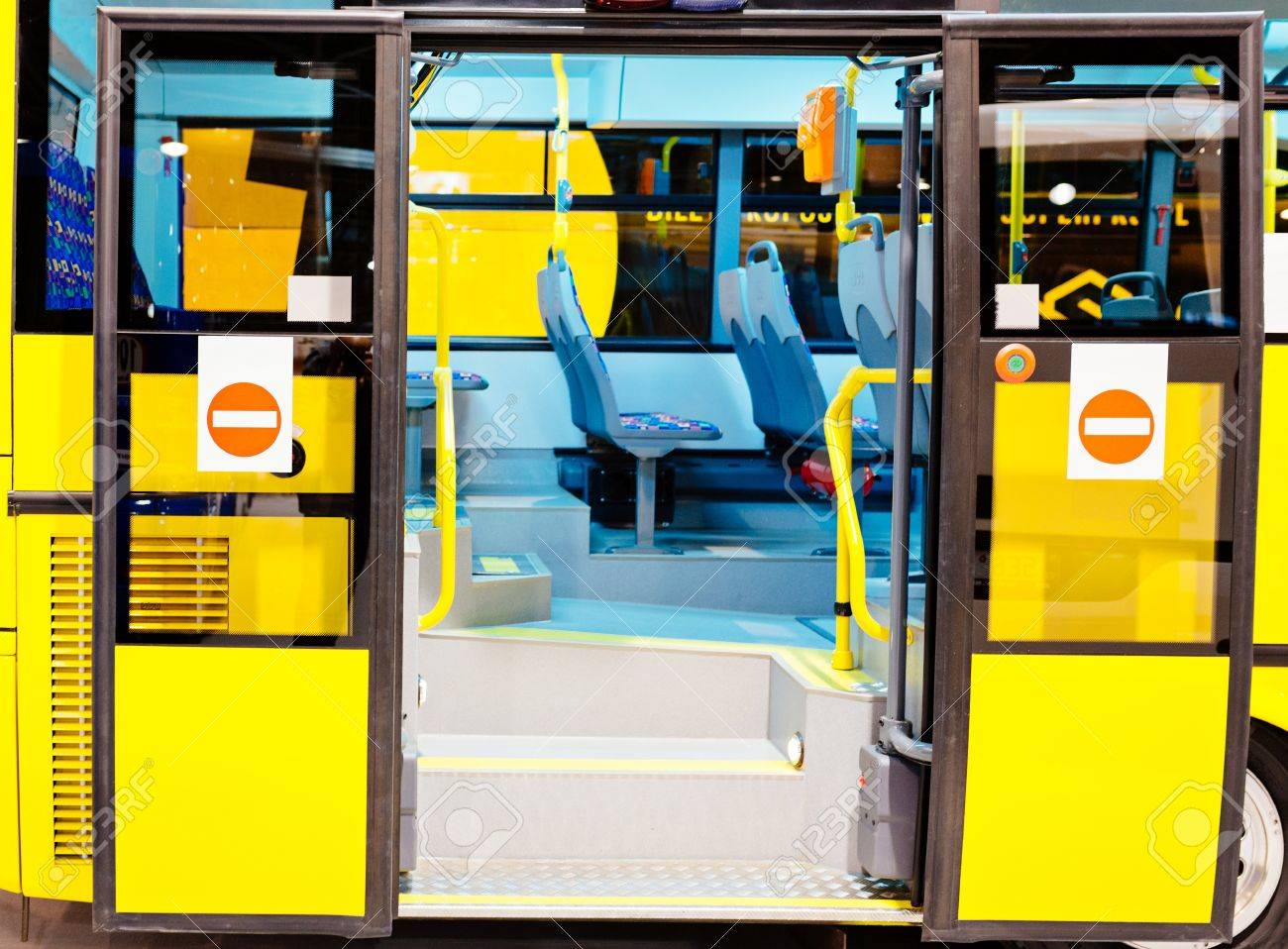 Modern city bus entrance with open doors. Public transport Stock Photo - 77495439 & Modern City Bus Entrance With Open Doors. Public Transport Stock ...