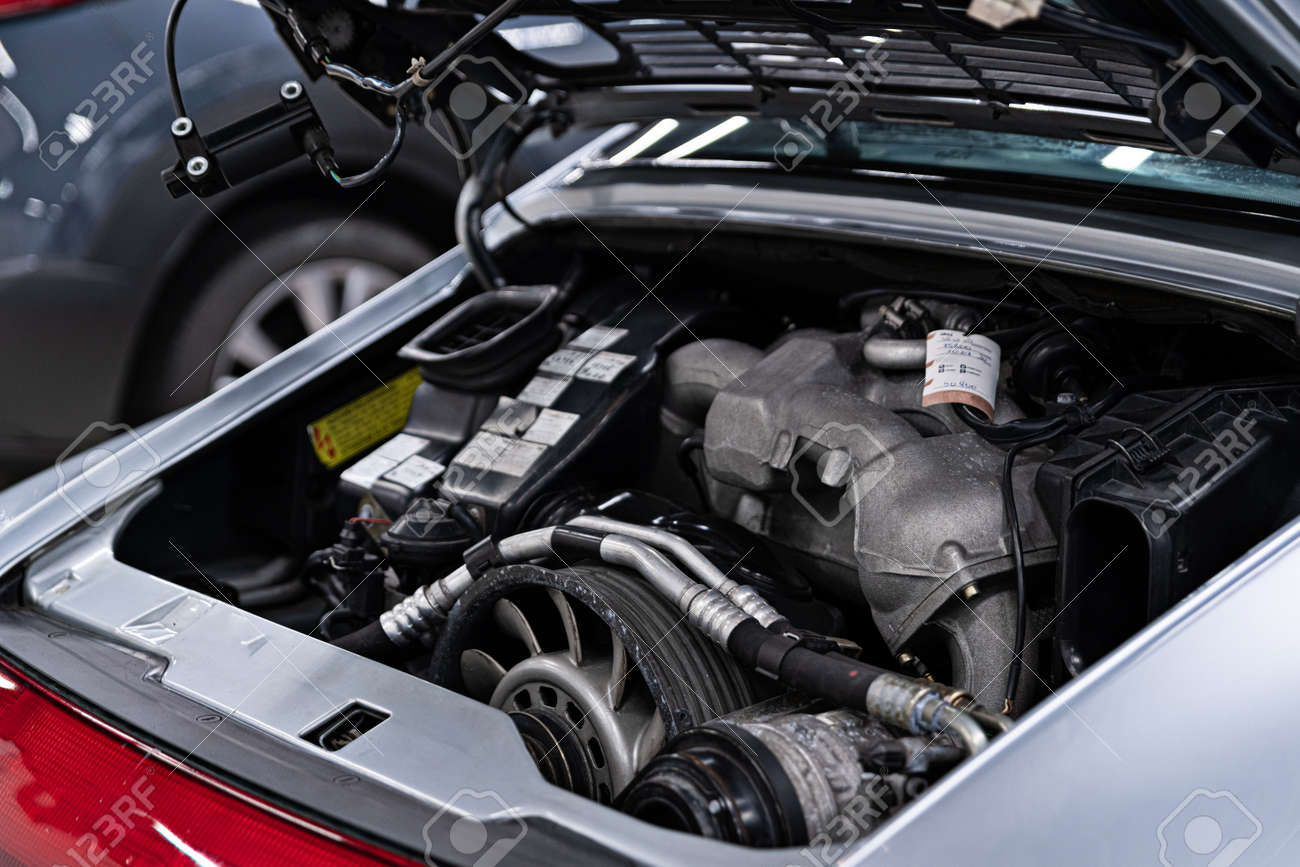 Vintage sport car engine. Engine in sport car - 154717225