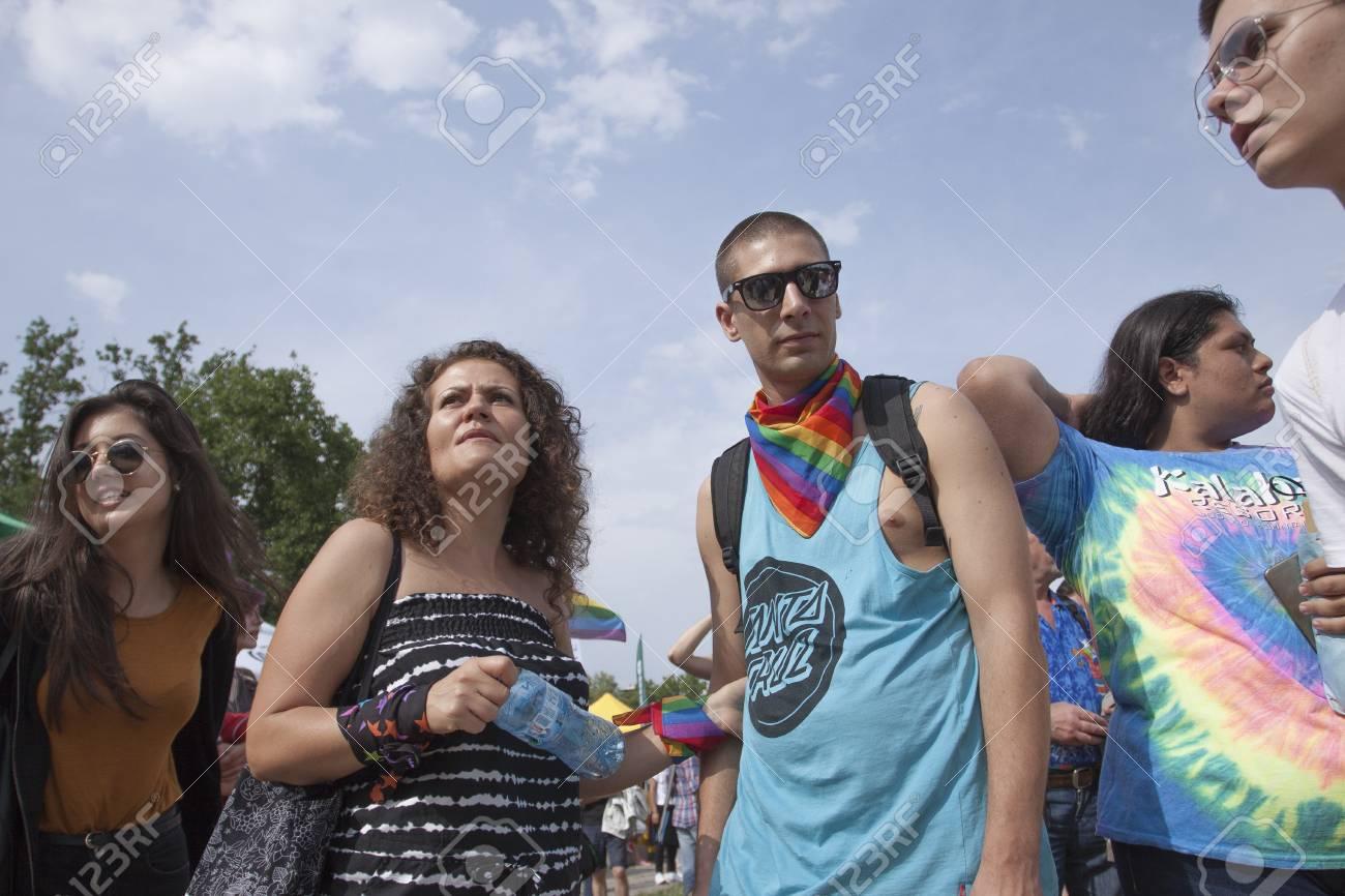 Gay phone hookup vancouver