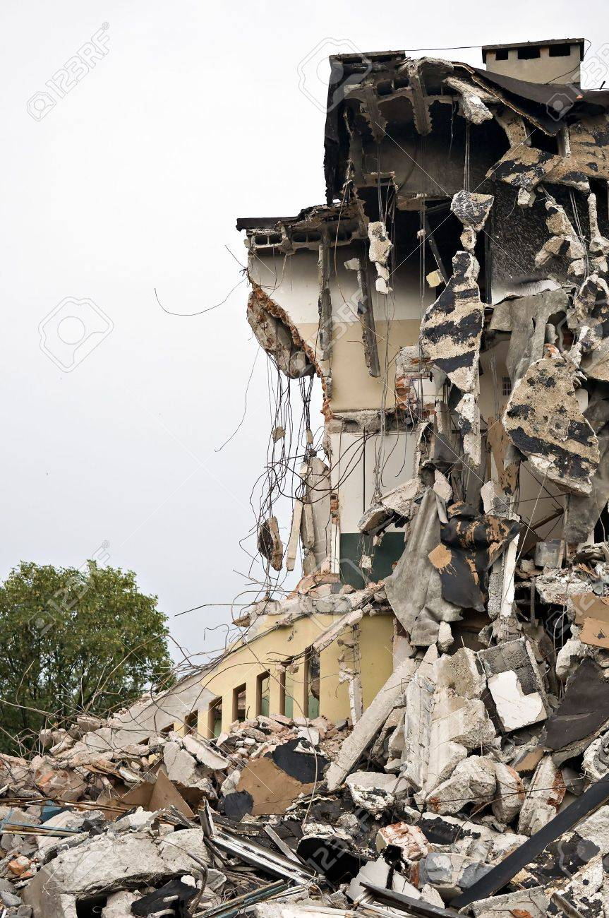 Destroyed building, can be used as demolition, earthquake, bomb, terrorist attack or natural disaster concept. Series Stock Photo - 5313707
