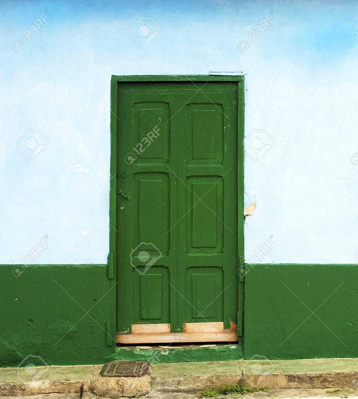 Rustic Door Facade Stock Photo - 13549442