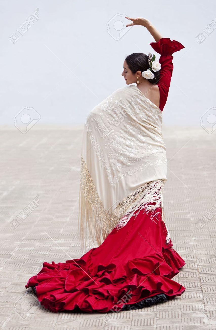 L De Danseuse Femme À Mnw80ovn Espagnole Flamenco Danse Traditionnelle Lj45AR